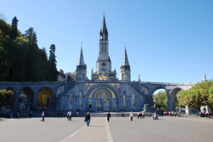 1Lourdes basilica2(GF)